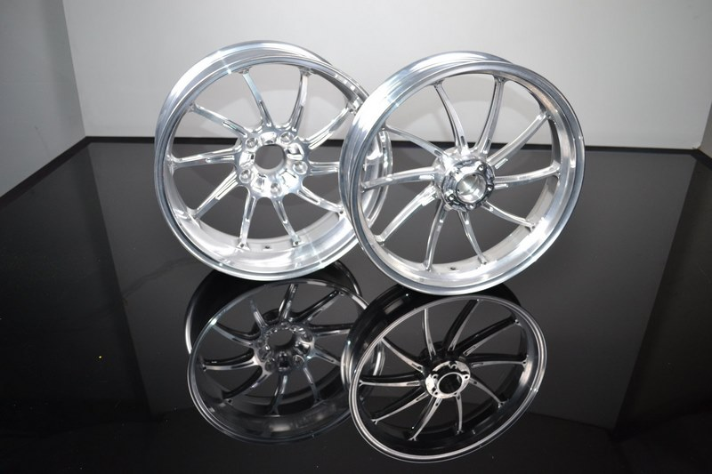"""AC S 10 forged wheels 3.5 and 6 x 17"""" R nineT from 2017"""
